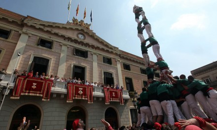 Castells i castellers