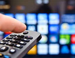 Televisió pública, interès privat